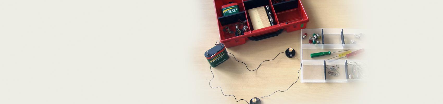 Elektrischer Strom – Experimentierkasten mit Versuchskartei
